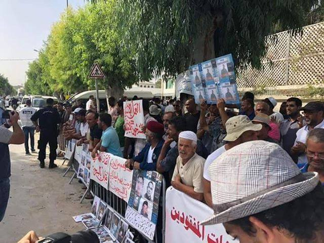 antira-Wochenschau:  Bleiberechtsentzug für Eritreer*innen, Kriegsmaterialexporte, schweizer Lagerpolitik