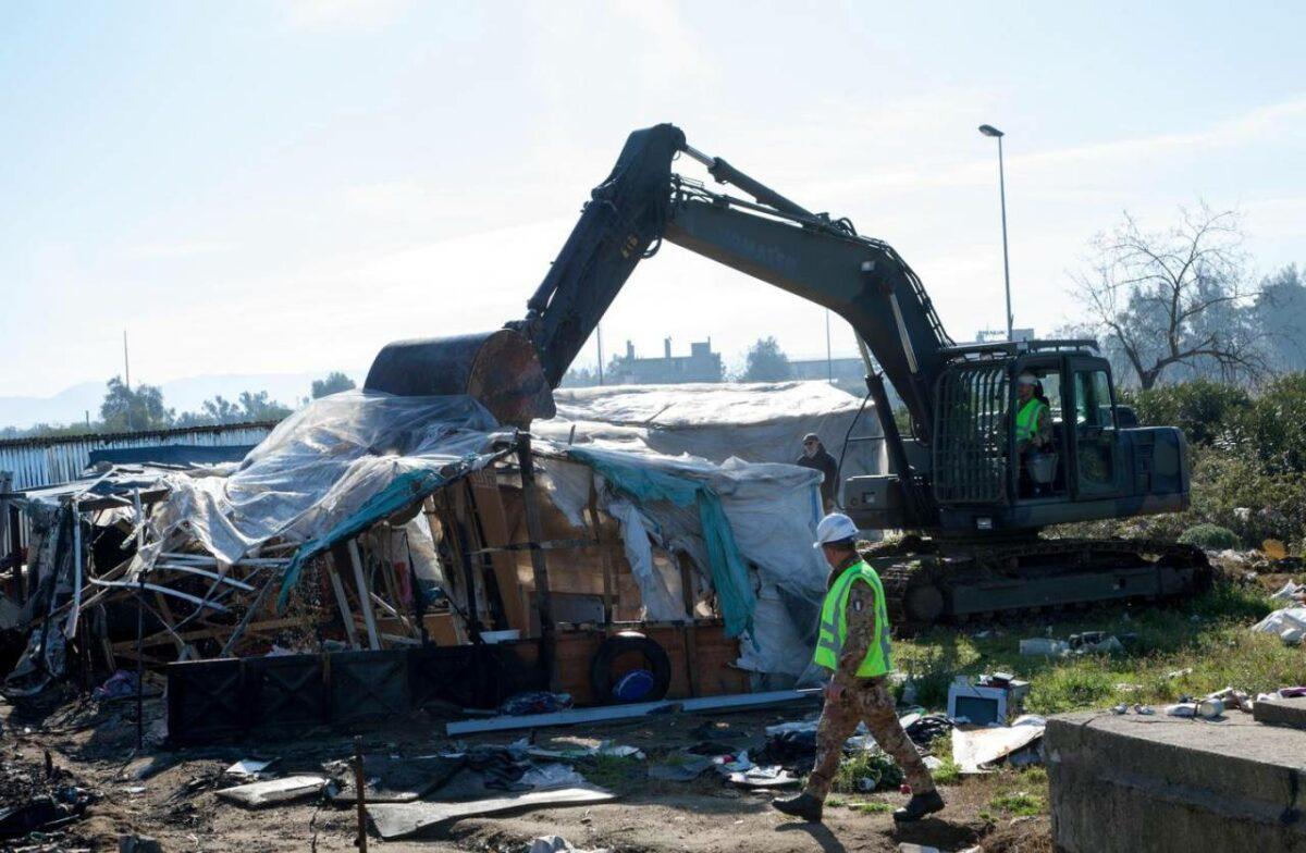 Nothilfeknast in Prêles, Aufstände in libyschen Haftlagern, Verschärfungen in Aussicht