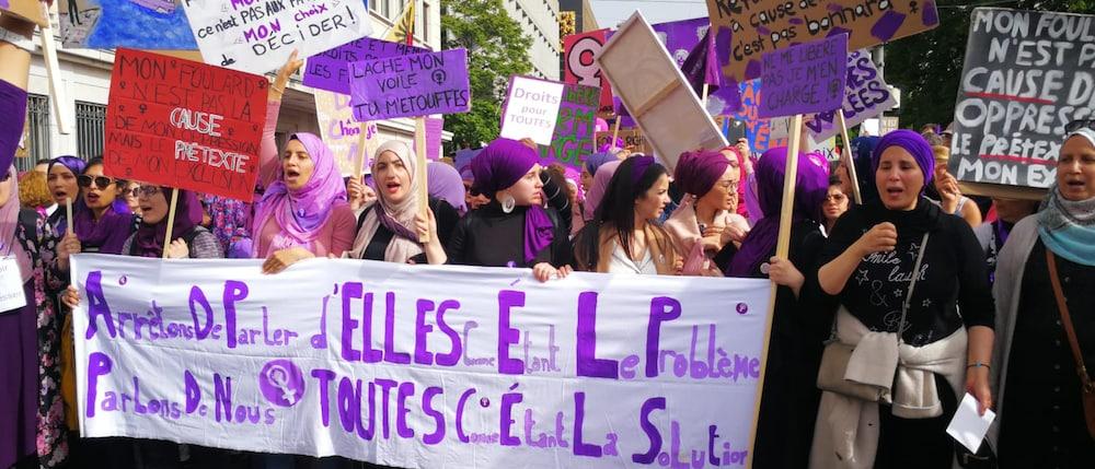 antira-Wochenschau: Rassismus am Frauen*streik, keine Religionsfreiheit an Schulen, Pushbacks an bosnischer Grenze