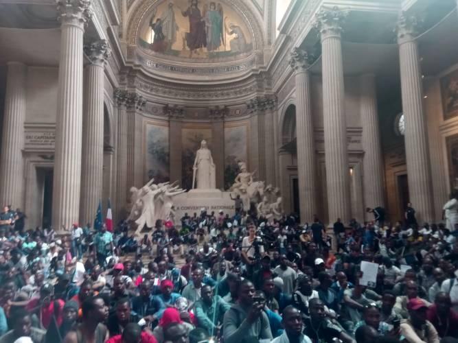 700 Protestierende besetzten Panthéon, Angst vor Razzien in den USA, Eröffnung Bundeslager Embrach