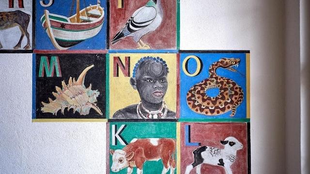 """antira-Wochenschau: Effizientere Ausschaffungen, rassistische """"Kunst"""" in der Lorraine, rechtsradikale Spiritualität"""