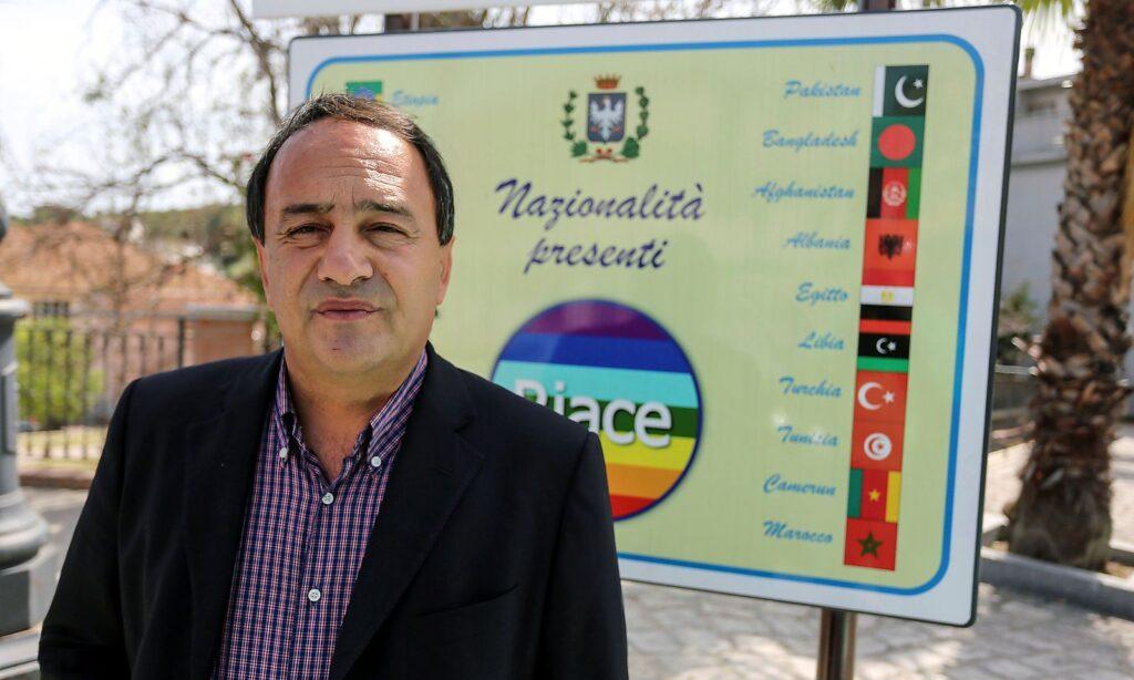 Domenico Lucano 2016 als Bürgermeister