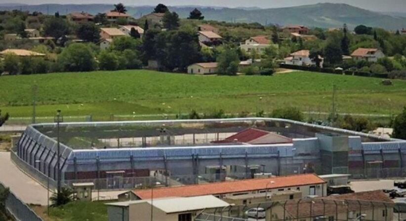 Im Abschiebezentrum Pian del Lago werden Menschen verwaltet wie Waren